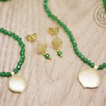 Set, 18ct yellow gold & emeralds, stud earrings