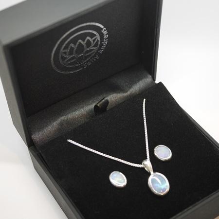 Bespoke wedding jewellery hertford